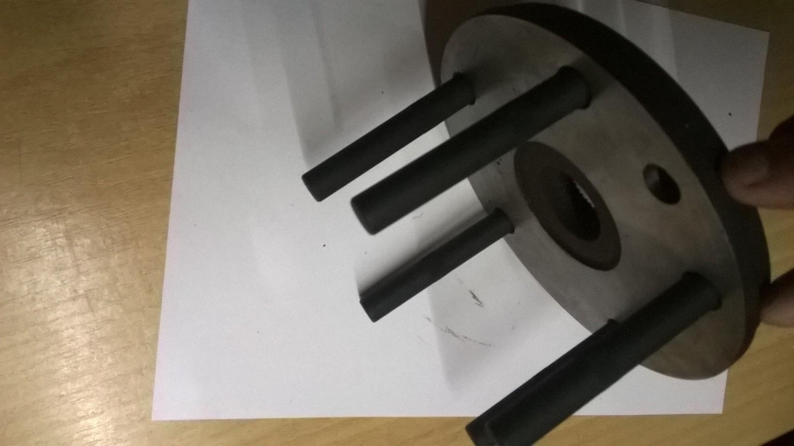 Ściągacz piasty łożyska VW T5 (montaż i demontaż na samochodzie - Mojenarzędzia - Łożyska, piasty